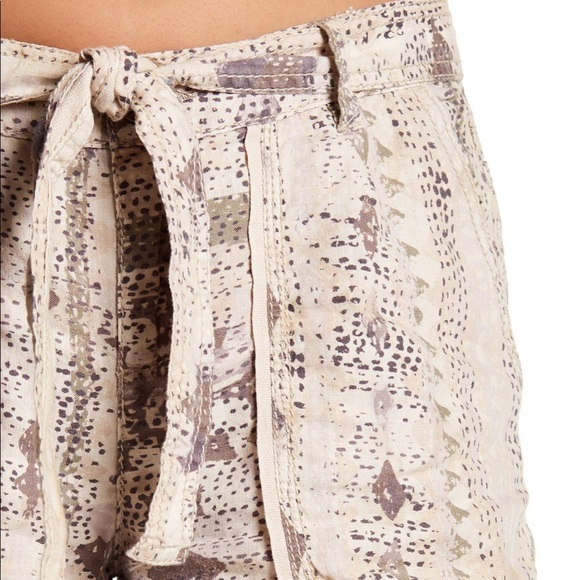 Anthropologie Pants - Marrakech shawna linen shorts